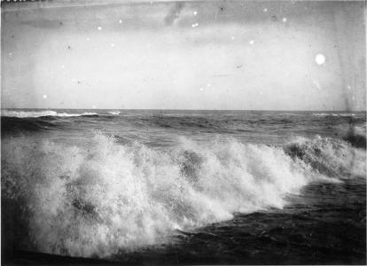 Ones, c. 1913. AFB. Frederic Ballell